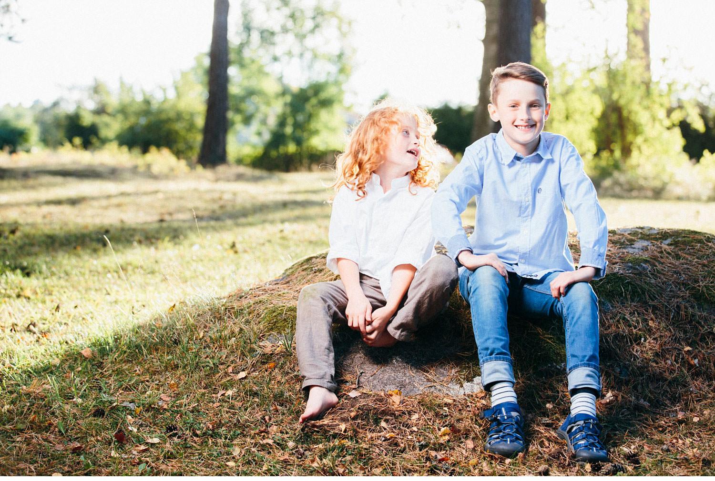 family session uppsala familjefotografering barn sweden kerrouphotography 12 - Loving family portrait, family-session
