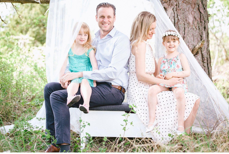 knivtsa stockholm familjefotografering lifestyle portrait 19 - Love & Happiness portrait, family-session