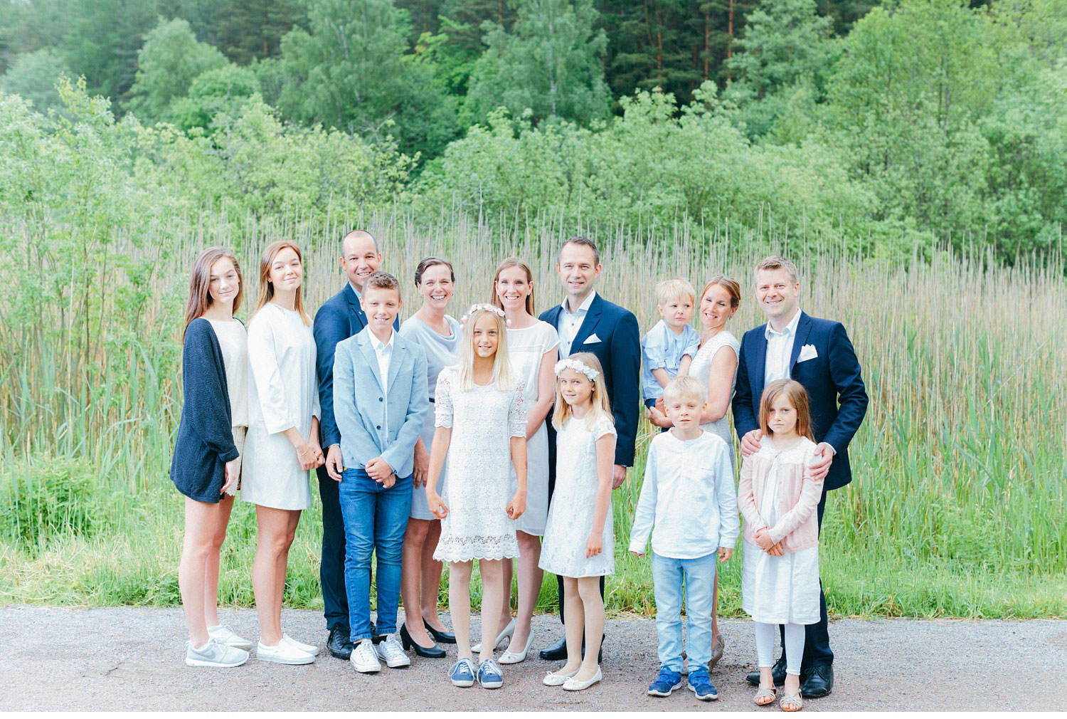lena liljestr  m family 32 - 3 families, 1 big family portrait, family-session